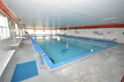 swimming pool sheerness holiday park at isle of Sheppey caravan park