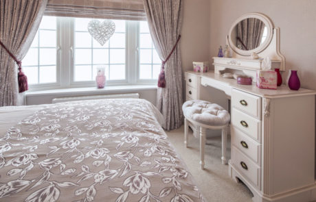 Omar Heritage Master Bedroom sheerness holiday park at isle of Sheppey caravan park